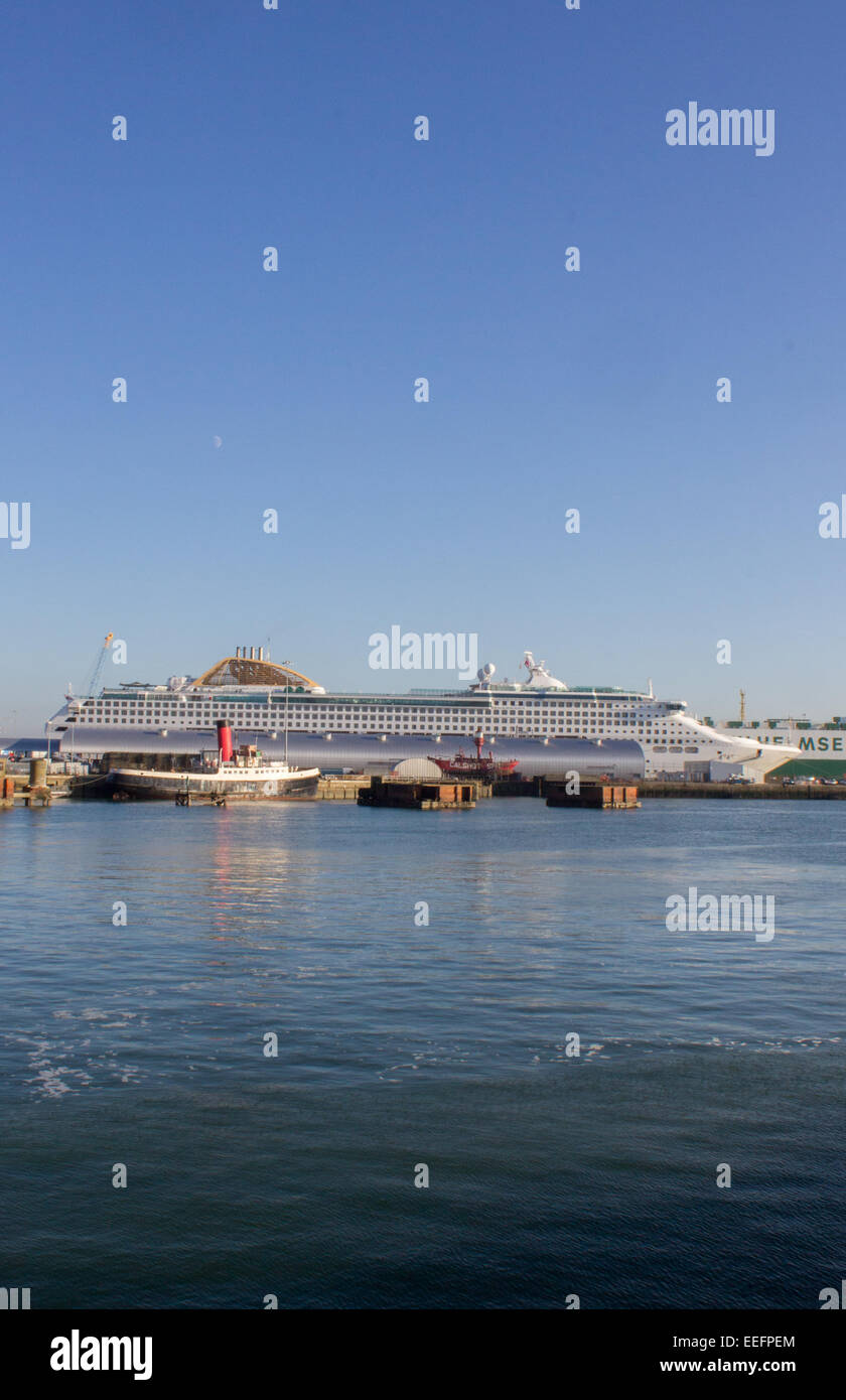 The Oriana cruise liner docked in Southampton Docks on a clear, sunny day in December. - Stock Image