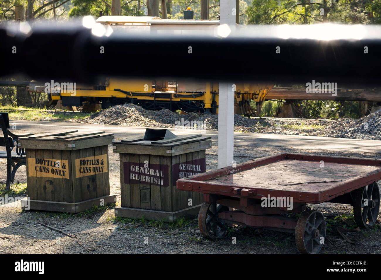 Wooden Rubbish Bin at Menzies Creek Train Station - Stock Image