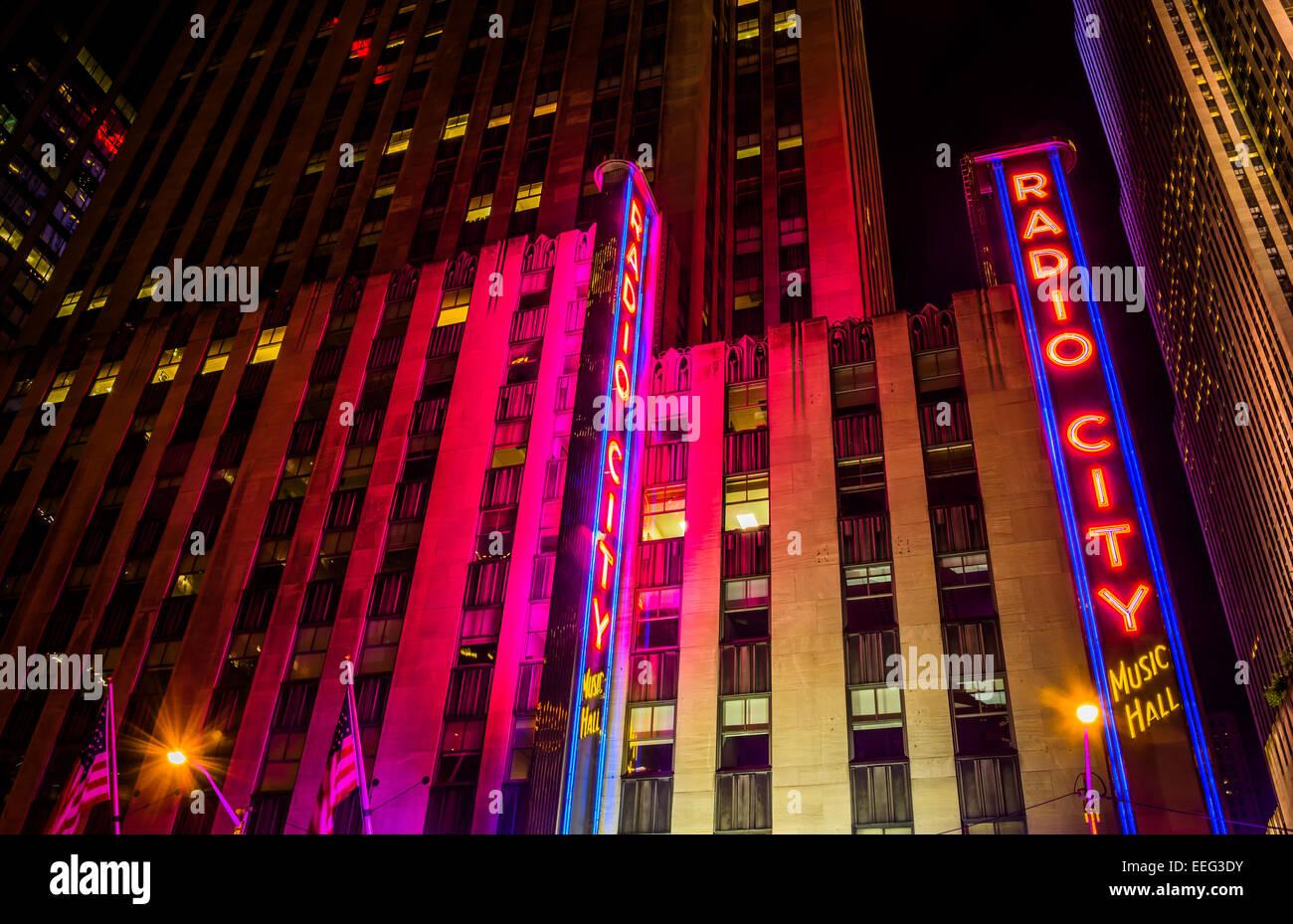 Radio City Music Hall at night, in Rockefeller Center, Manhattan, New York. - Stock Image