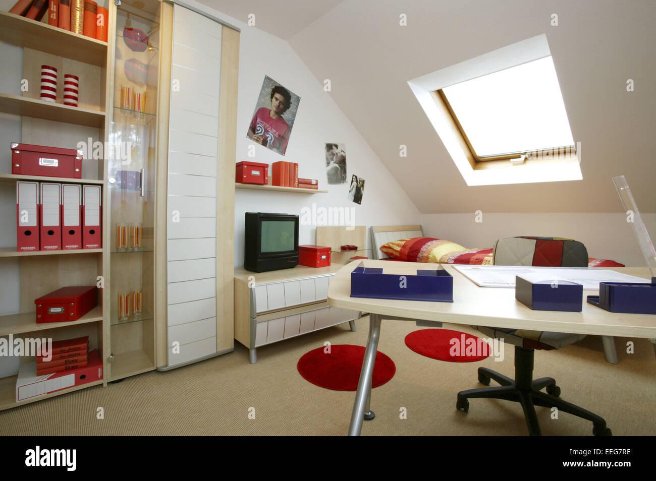 Ansprechend Einrichtung Jugendzimmer Dekoration Von Kinderzimmer Wohnen Innenaufnahme Inneneinrichtung Wohnung Wohnraum Moebel