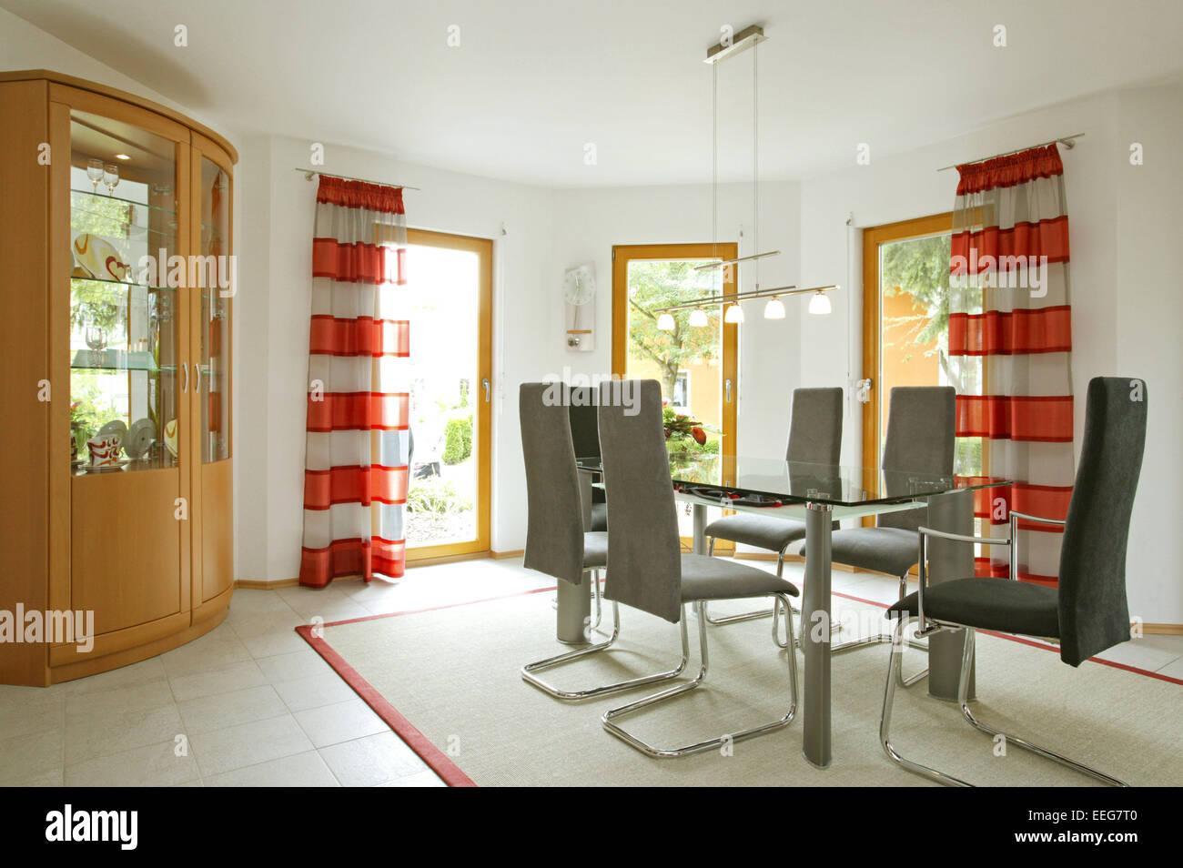 Ansprechend Esszimmer Schrank Referenz Von Wohnen Innenaufnahme Inneneinrichtung Wohnung Wohnraum Einrichtung Moebel