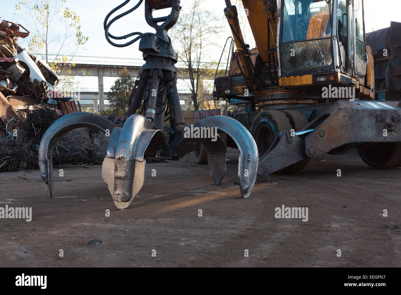 claw crane heavy machinery equipment - Stock Image