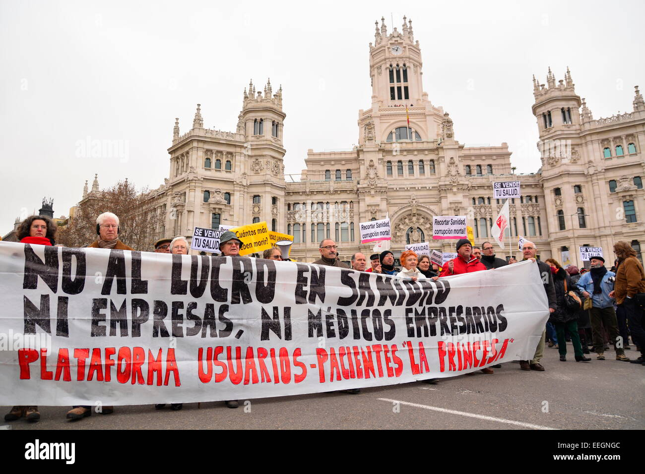 18th Jan, 2015. People protesting against healthcare funding cuts during a demonstration in Madrid, Spain. Credit: - Stock Image