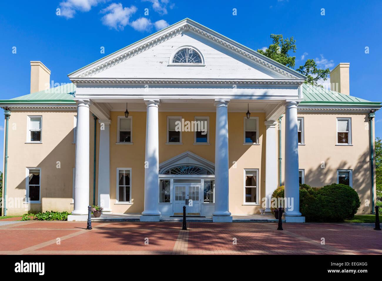 Bellevue Hall, Bellevue State Park, former home of William du Pont jr and one of du Pont Mansions, nr Wilmington, - Stock Image