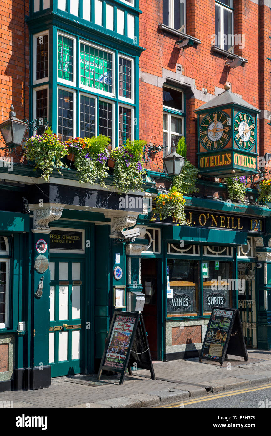 O'Neill's Pub on Church Lane, Dublin, Eire, Ireland - Stock Image