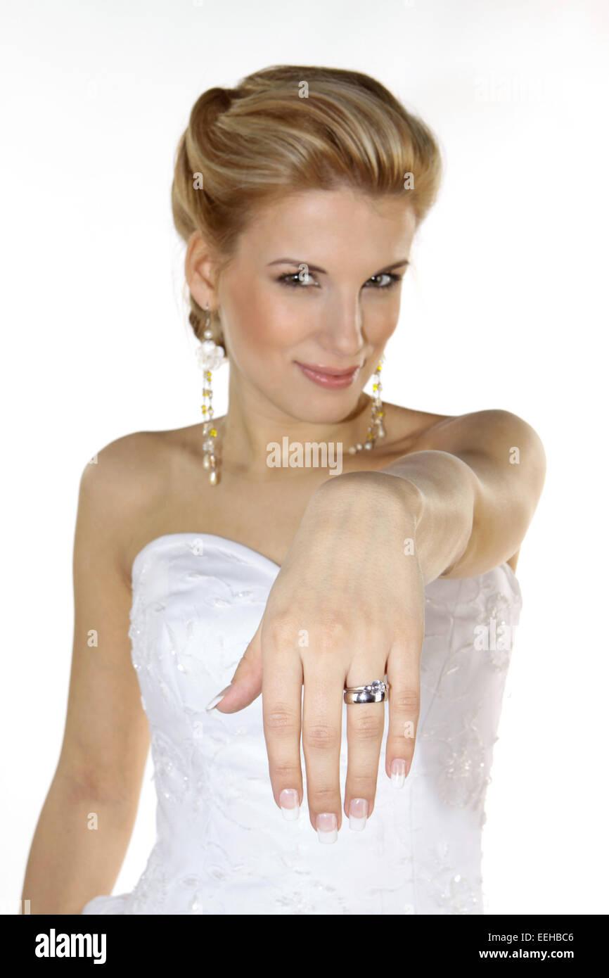 Braut, Hochzeit, Glueck, Gluecklich, Heirat, Heiraten, Brautkleid, Ring, Ehering, Romantik (Modellfreigabe) - Stock Image