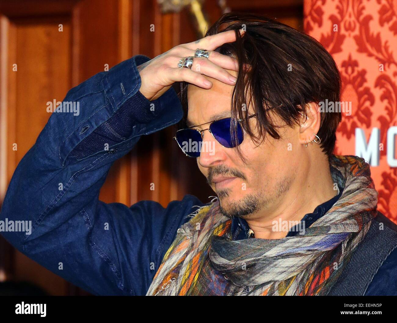 London, UK. 18th Jan, 2015. American actor Johnny Depp attends the photocall for the film 'Mordecai' in - Stock Image