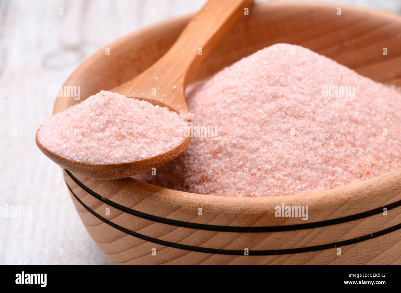 Himalayan pink crystal salt high resolution image - Stock Image