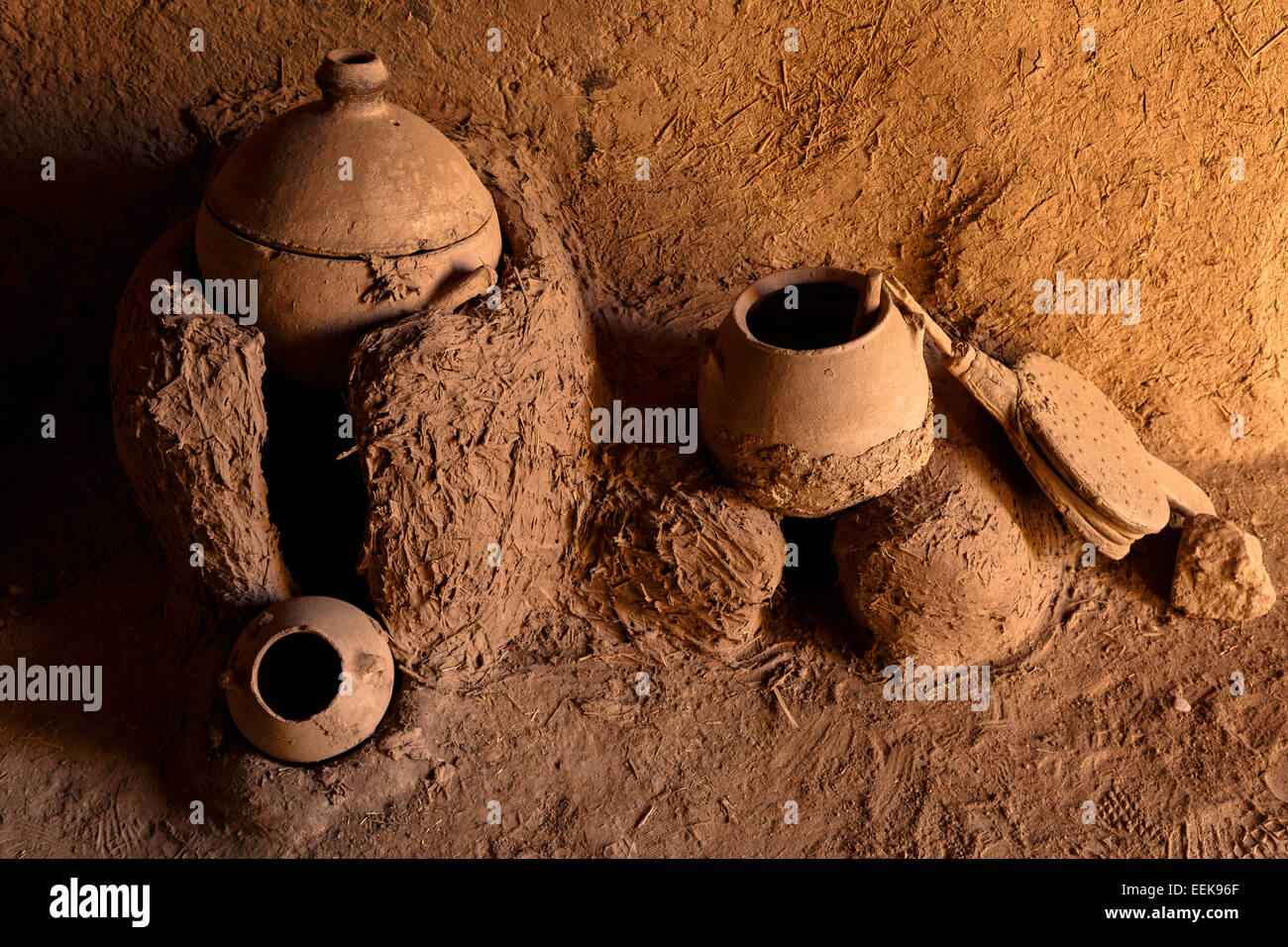 Tolls for cooking Kasbah Amerhidil. Skoura. Morocco. North Africa. Africa - Stock Image