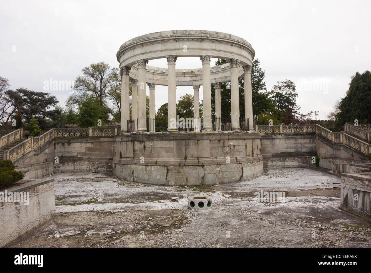 Untermyer Gardens Conservancy In Yonkers Ny Stock Photo 77872002