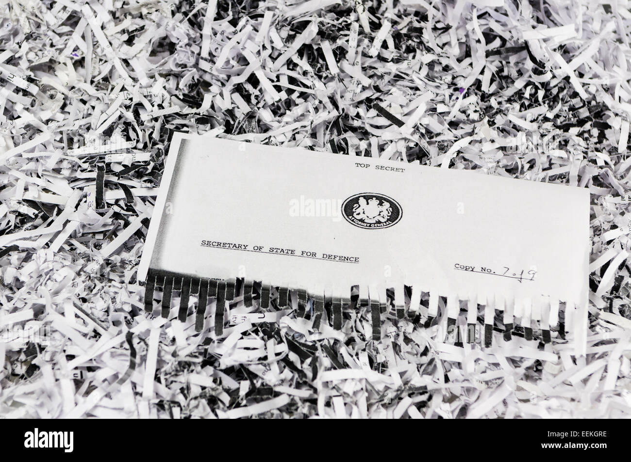 Half shredded 'Top Secret' classified correspondence from the UK Attorney General to the Secretary of State - Stock Image