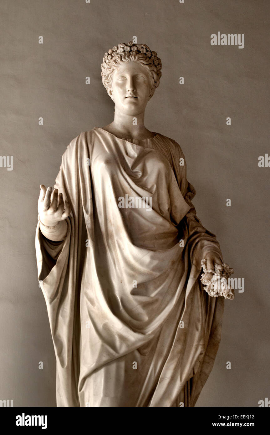 Flora. Marble, Roman artwork from the Imperial period; some modern alterations. From the Villa Adriana near Tivoli. - Stock Image