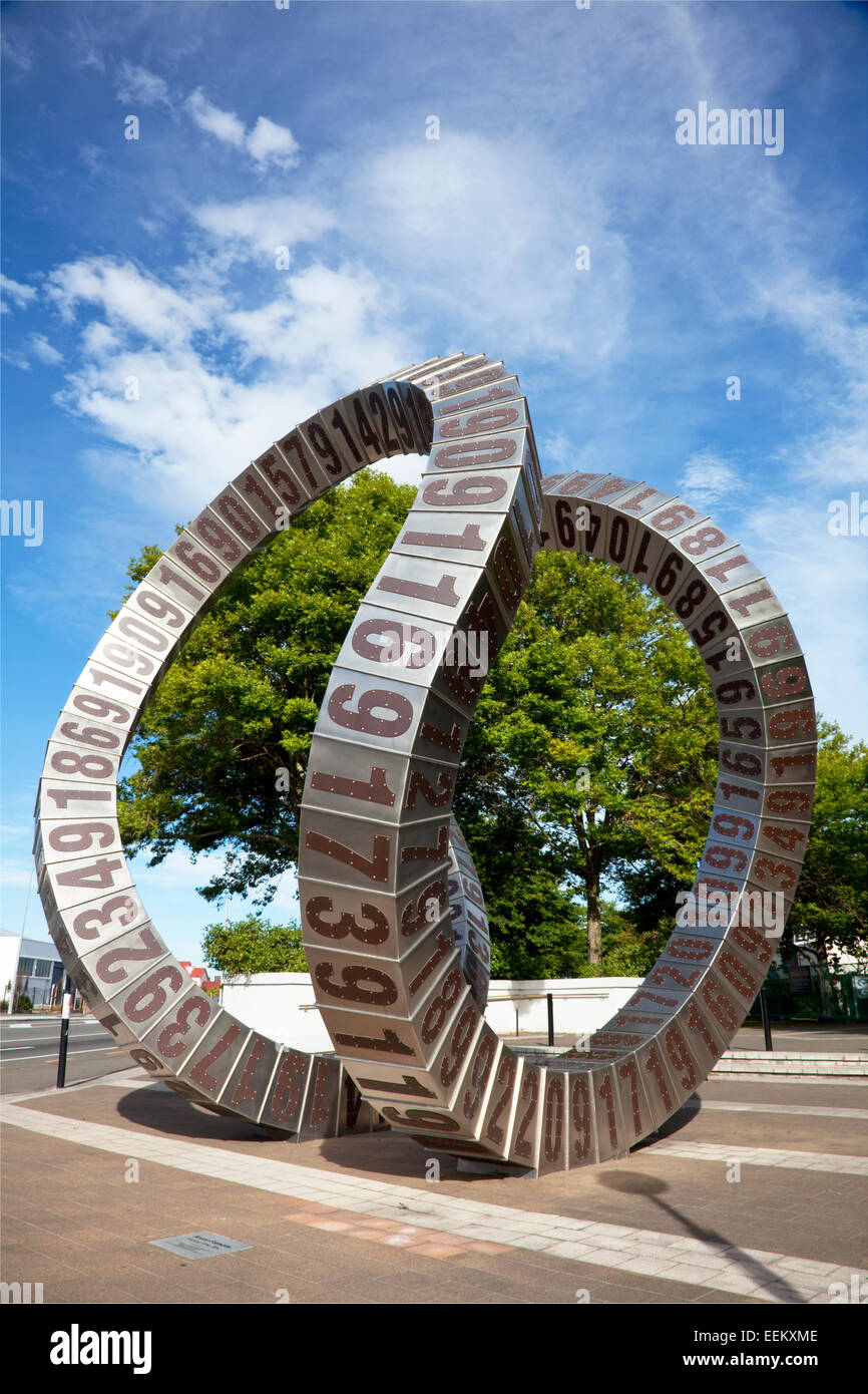 'Passing Time' sculpture by Anton Parsons, Christchurch Poytechnic, New Zealand - Stock Image