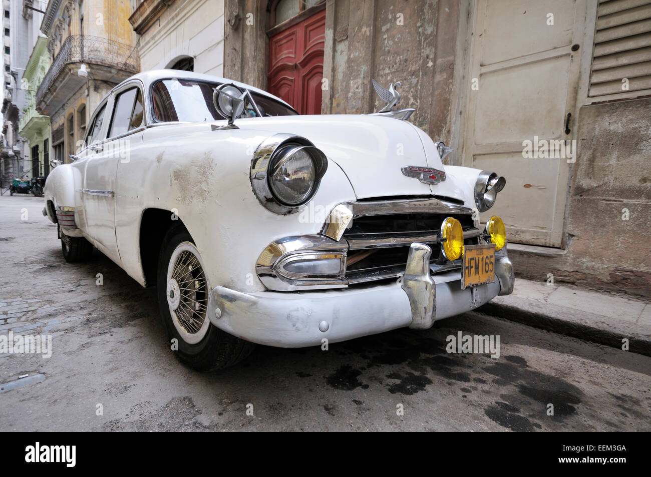 White classic car, historic centre, Havana, Ciudad de La Habana, Cuba - Stock Image