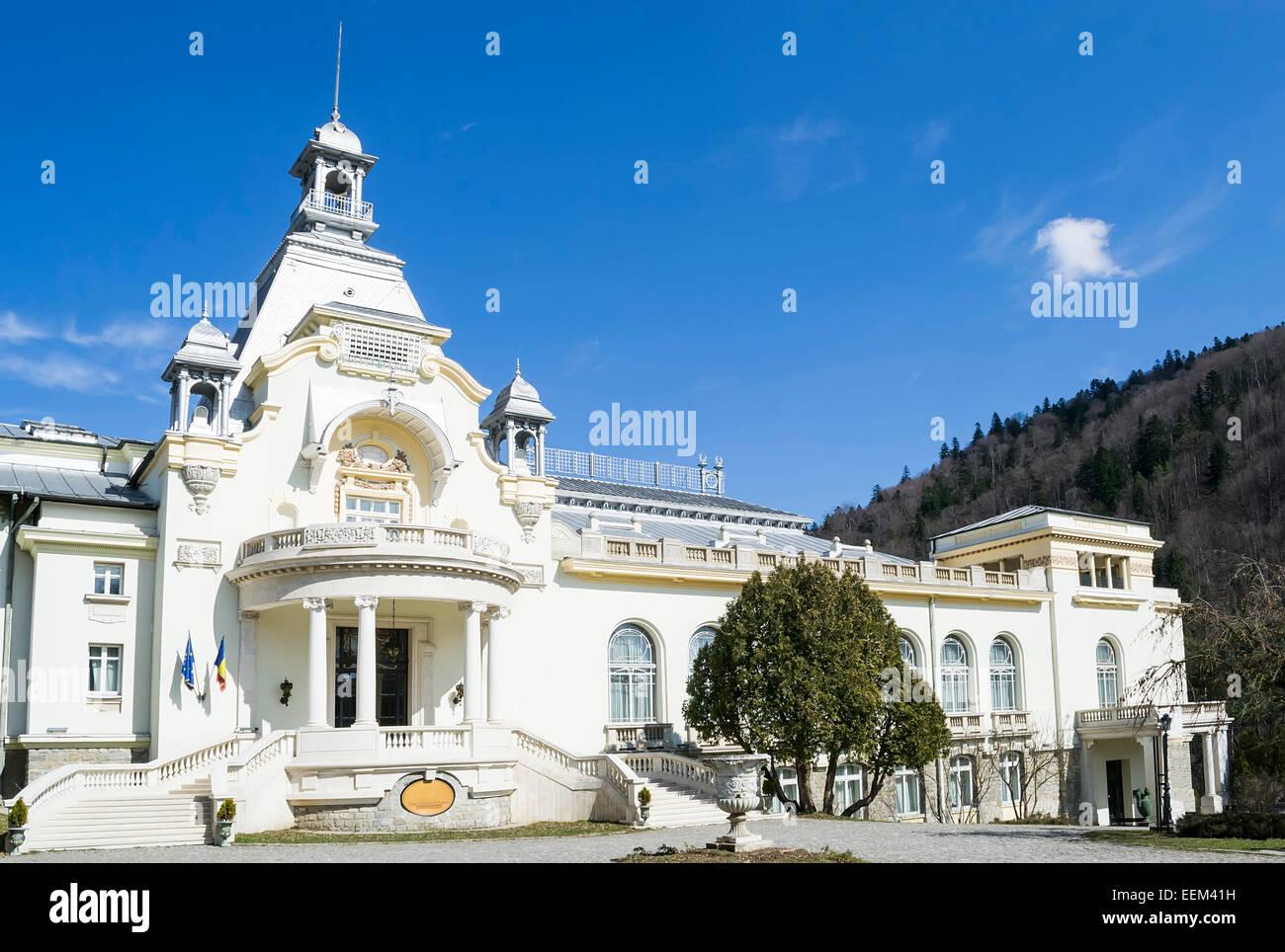 Elegant cultural edifice in early twentieth century neoclassical style - Stock Image