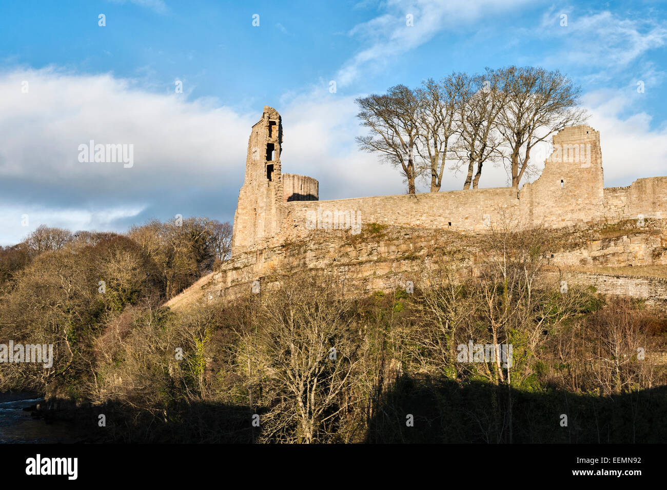 Barnard Castle, Teesdale, County Durham, UK. The ruins of the 12c Norman castle stand high above the River Tees - Stock Image