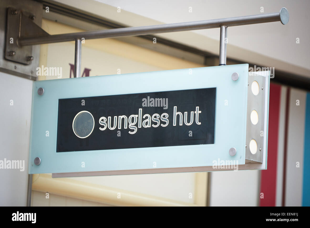 Sign for Sunglass Hut shop in the Clarendon Centre, Oxford - Stock Image