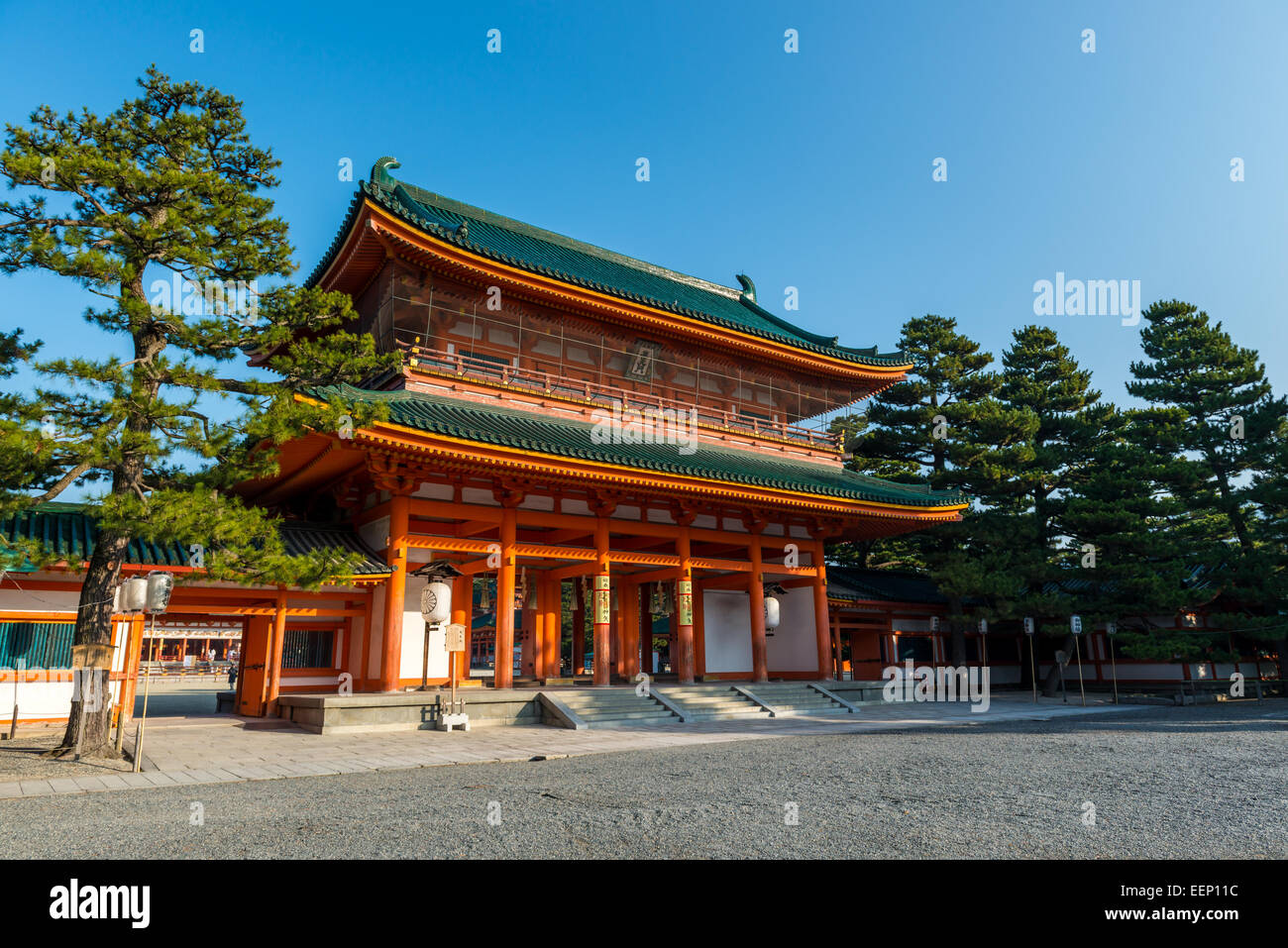 The main gate of Heian Shrine in Kyoto, Japan. - Stock Image