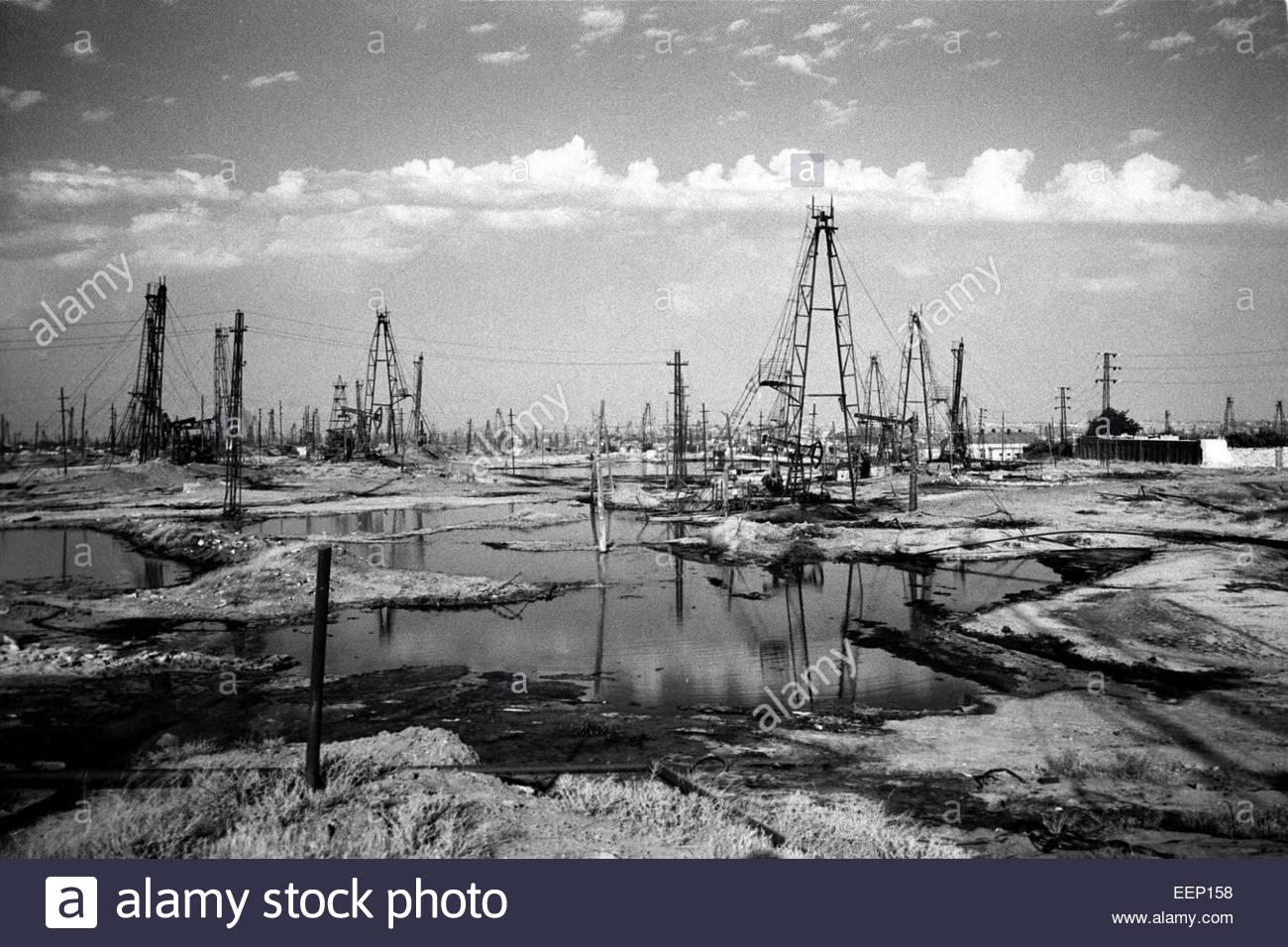 Oil derricks, Baku, Azerbaijan. - Stock Image