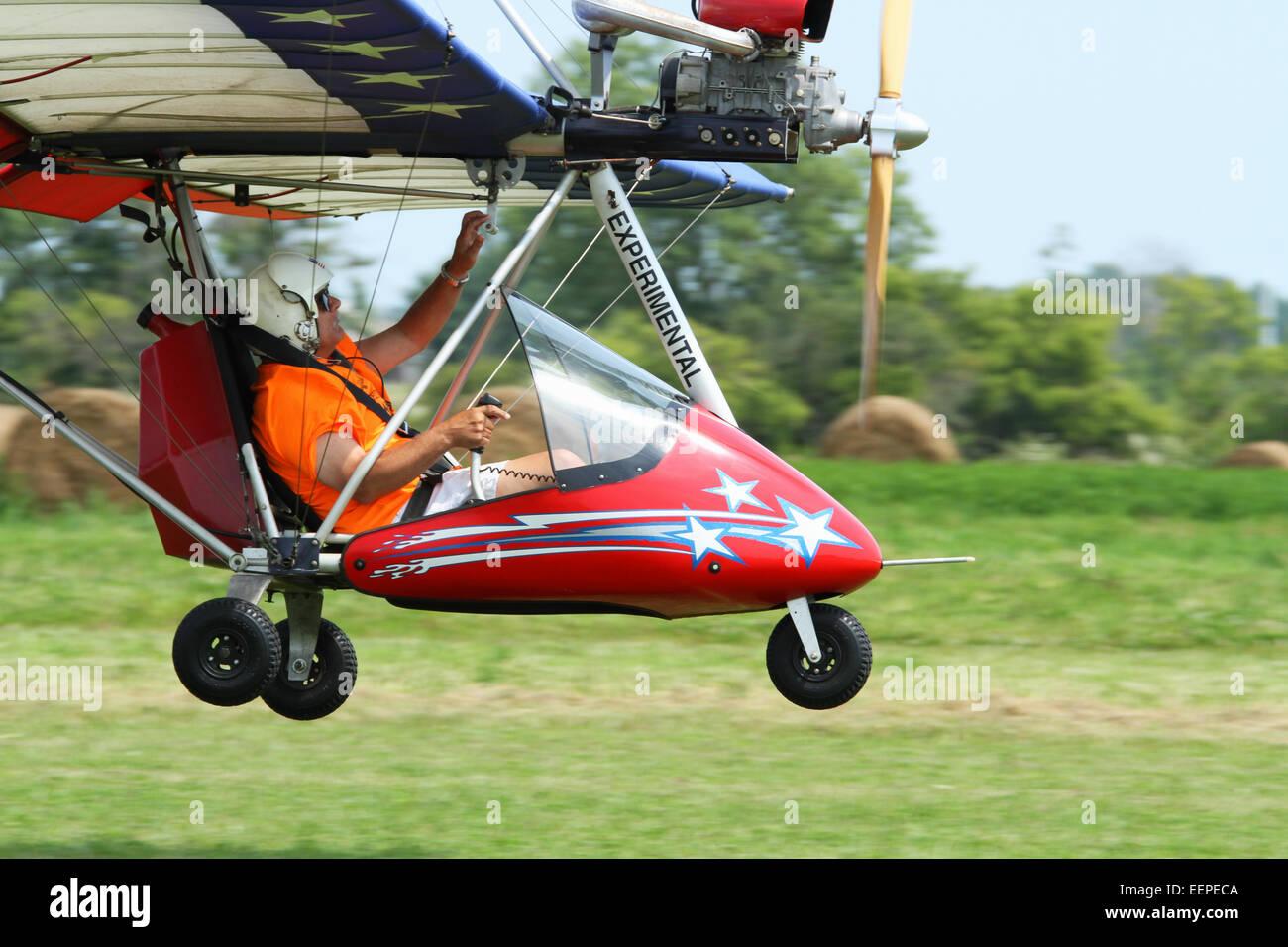 Microlight Aircraft Ultralight Aeroplane Stock Photos & Microlight