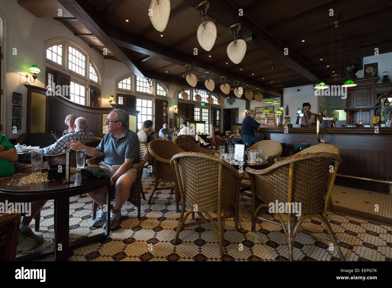 Inside The Long Bar Of The Raffles Hotel Singapore Home Of The Stock Photo Alamy
