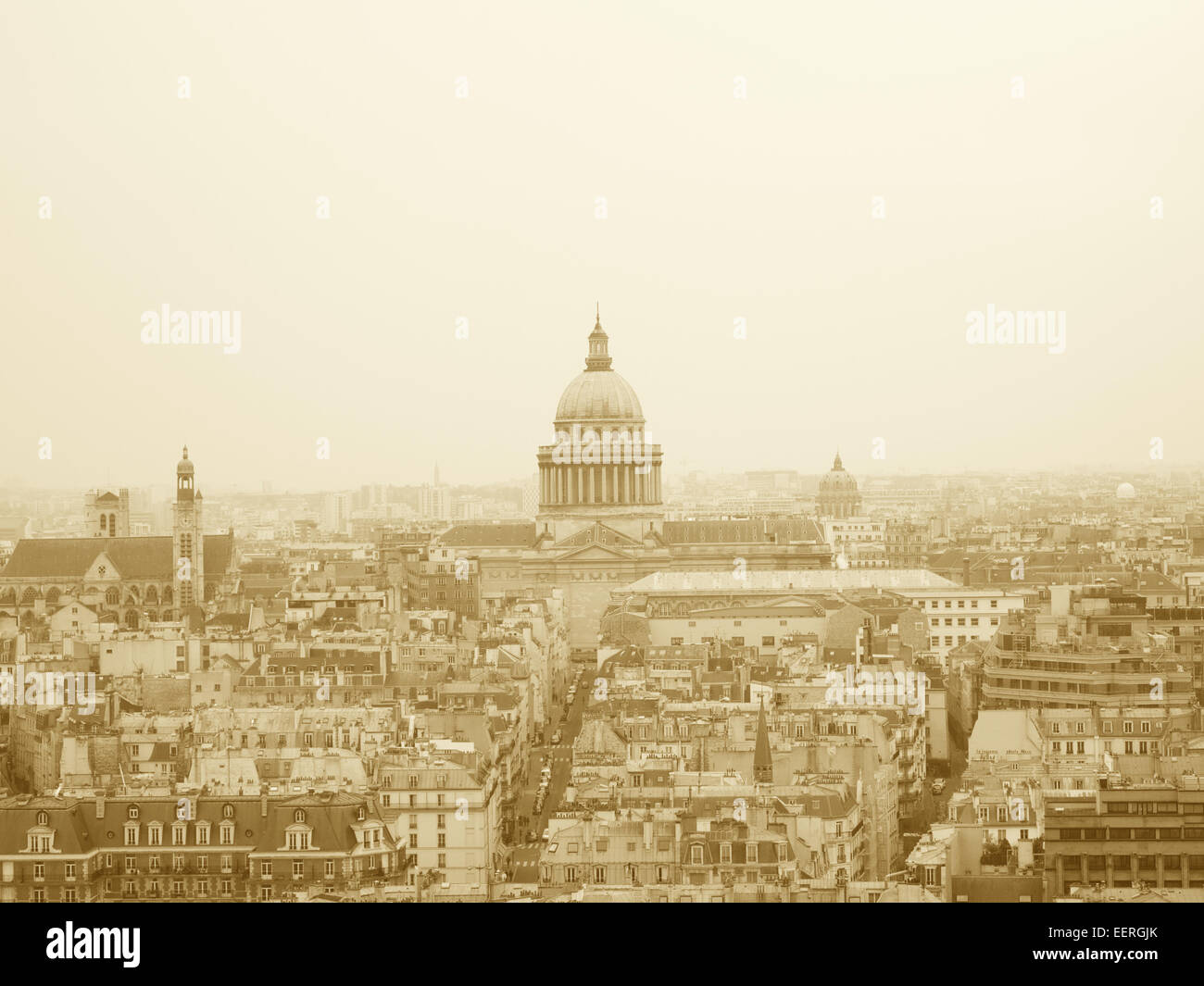 Paris skyline with the dome of the Hotel des Invalides - Stock Image