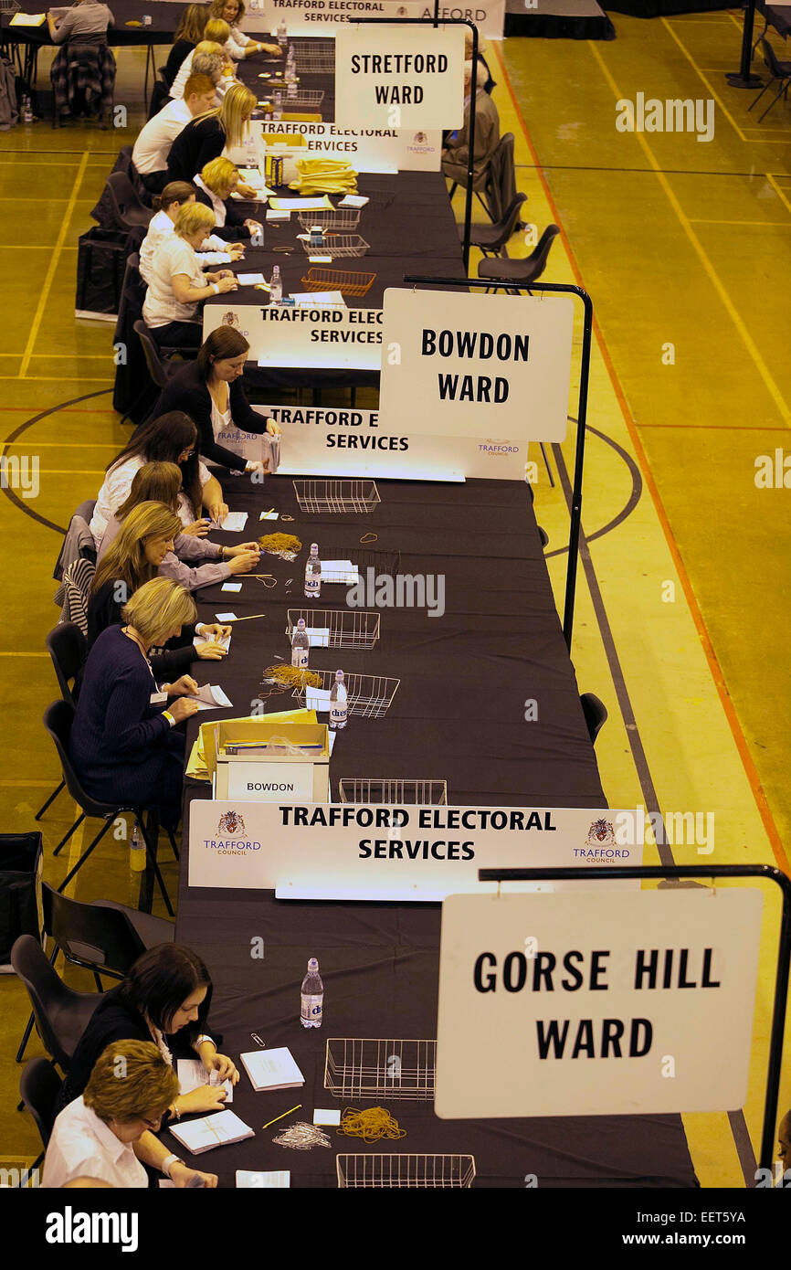 5/5/11 Trafford Council election count and AV referendrum . The G. H. Carnall Leisure Centre , Urmston .  www.chrisbullphotographer.com - Stock Image