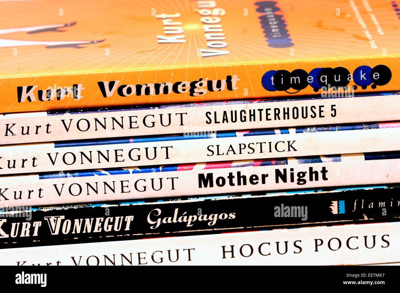 Kurt Vonnegut paperbacks - Stock Image