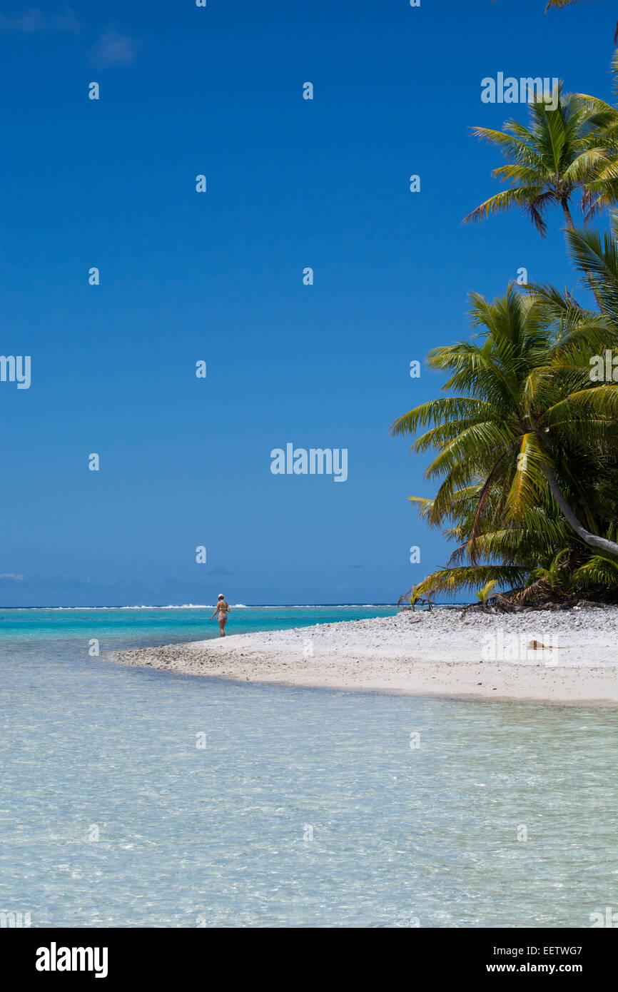 Cook Islands. Palmerston Island, a classic atoll, discovered by Captain Cook in 1774. - Stock Image