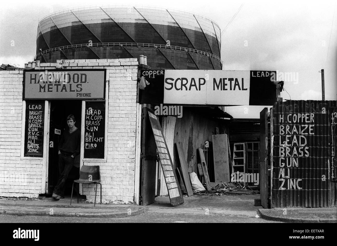 Scrap Metal shop in Deptford nr Greenwich in London in the 1970s - Stock Image