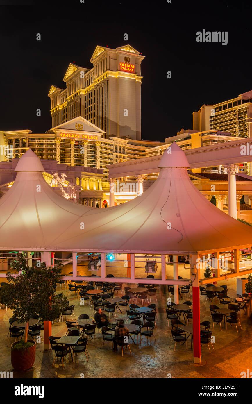 Night view of Caesars Palace Hotel and Casino, Las Vegas, Nevada, USA - Stock Image