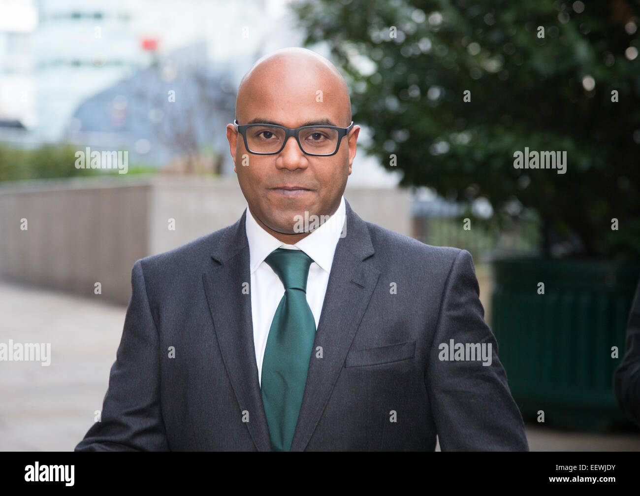 Dr Dhanuson Dharmasena arrives at Southwark Crown Court to answer charges of Female Genital mutilation.He was acquitted - Stock Image