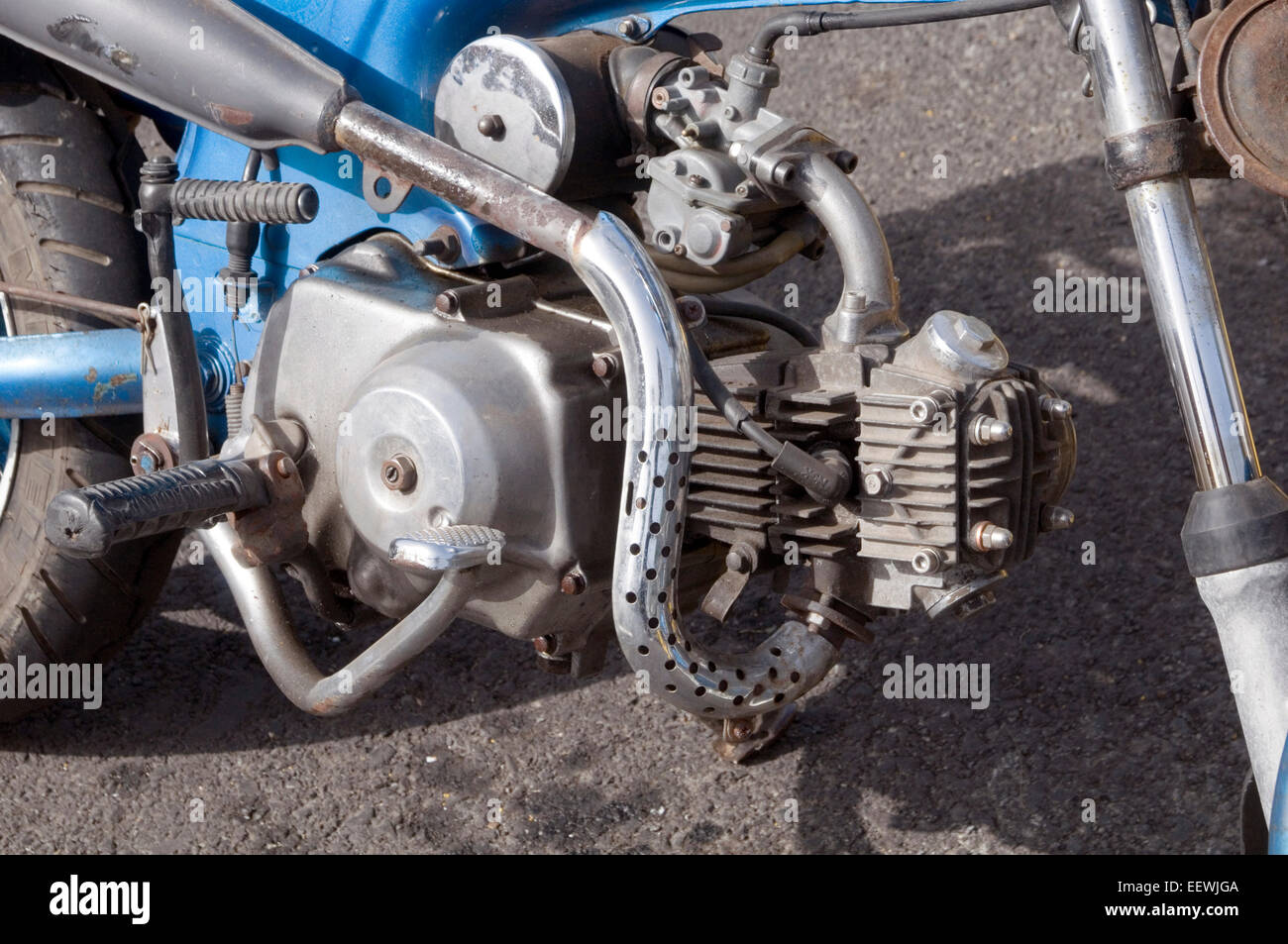 Honda monkey bike engine engines single cylinder two stroke internal combustion motor bike cycle cycles bikes