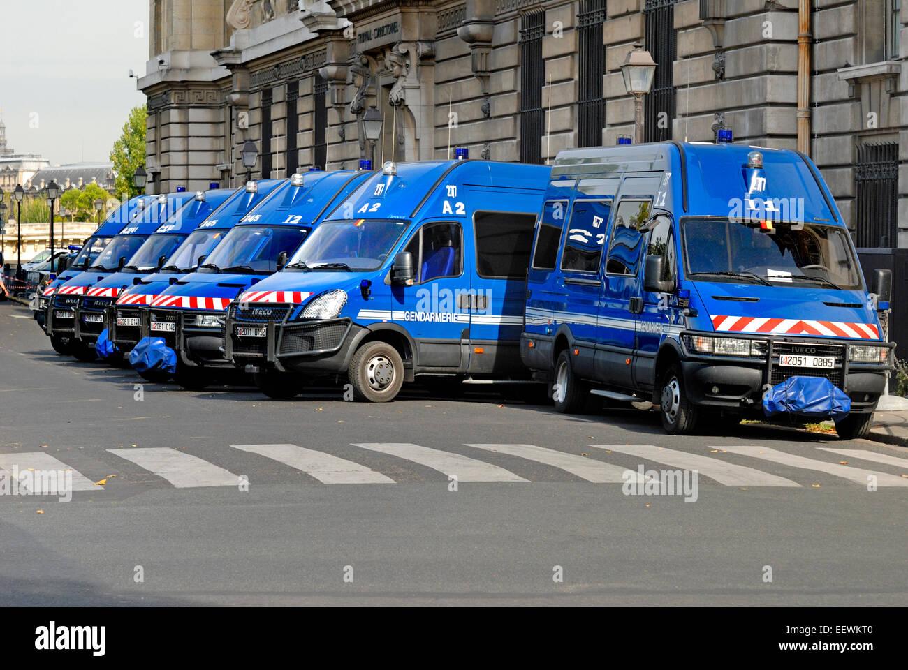 Paris, France. Vans of the Gendarmerie (police) on Isle de la Cite - Stock Image