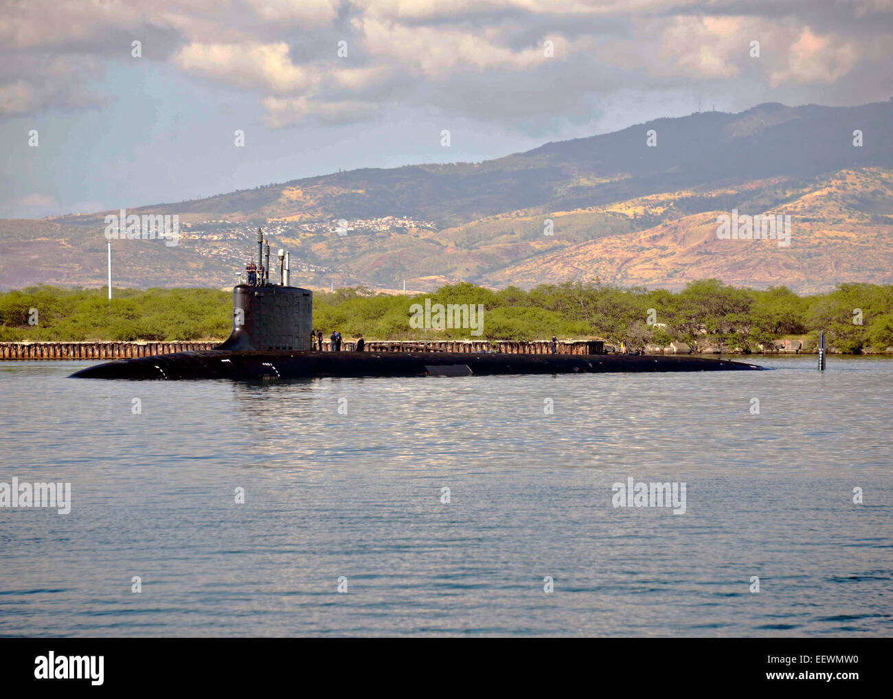 US Navy Virginia-class attack submarine USS North Carolina departs Joint Base Pearl Harbor-Hickam for routine operations - Stock Image