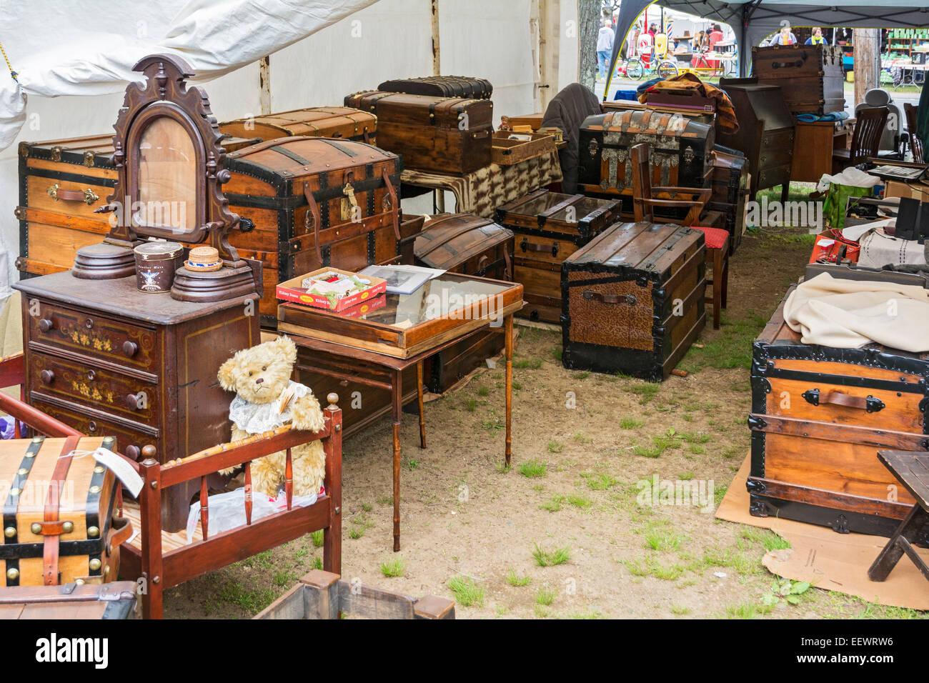 Massachusetts, Brimfield Antique Flea Market - Massachusetts, Brimfield Antique Flea Market Stock Photo: 78014194