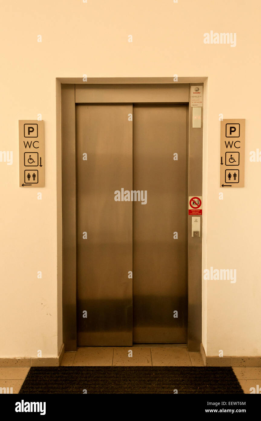 elevator entrance - Stock Image
