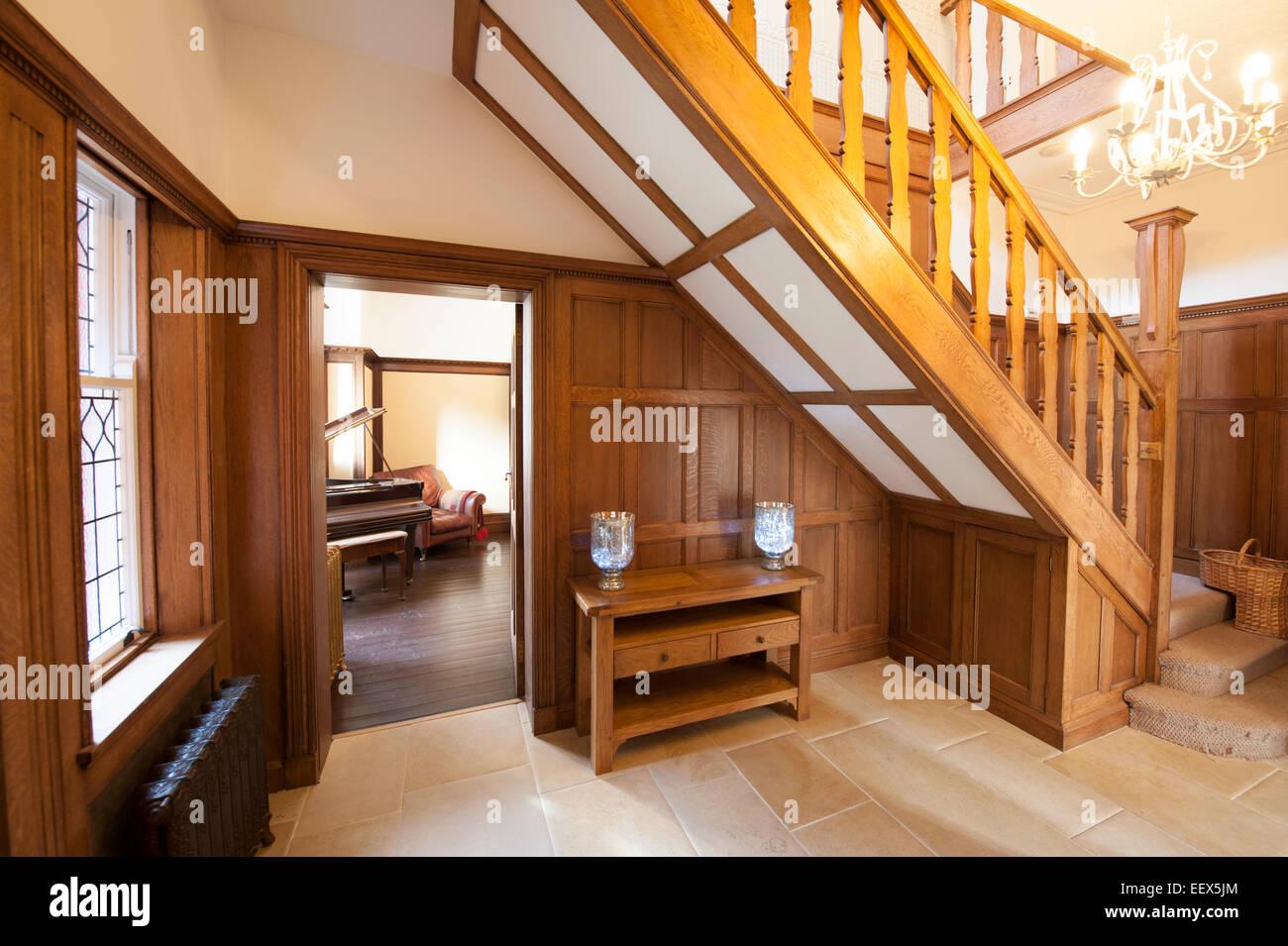 Oak Paneled House Hall Hallway entrance grand - Stock Image