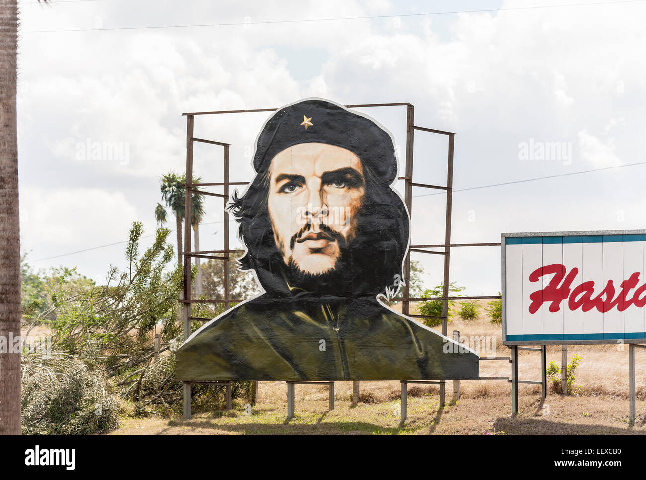 Typical large roadside billboard image of the famous national revolutionary hero and patriot Che Guevara, in Camaguey, - Stock Image