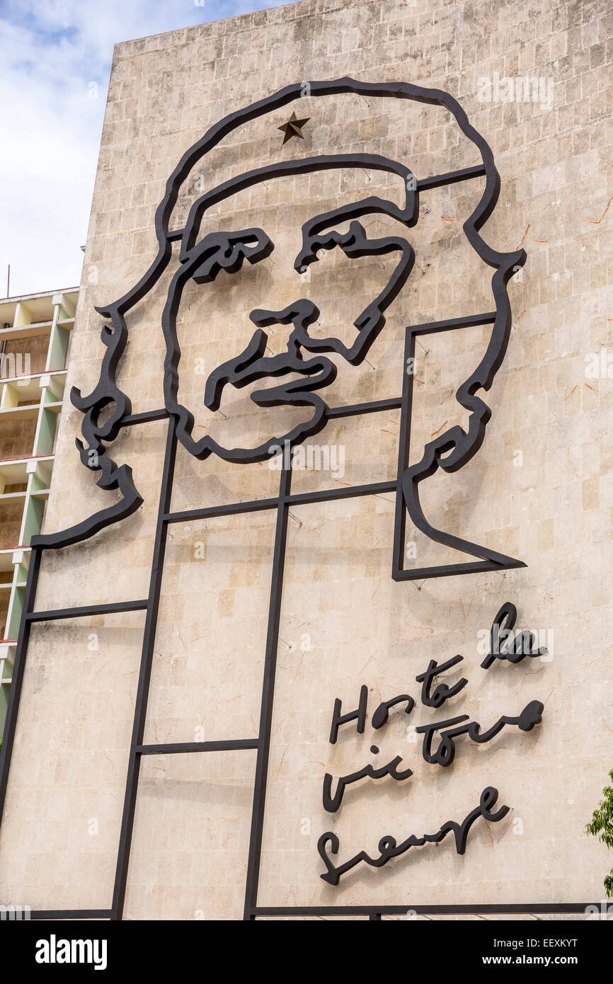 Ernesto Che Guevara as an art installation and propaganda work of art on a house wall on Revolution Square, house - Stock Image