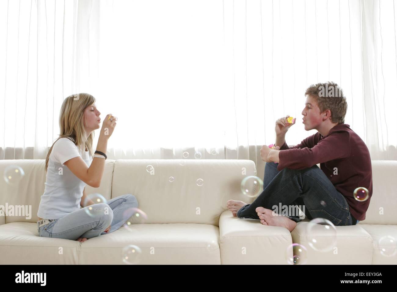 12-14 14-18 Jahre, Beziehung, Gefuehle, Gefühle, Glueck, Glück, Harmonie, Liebe, Naehe, Partnerschaft, - Stock Image