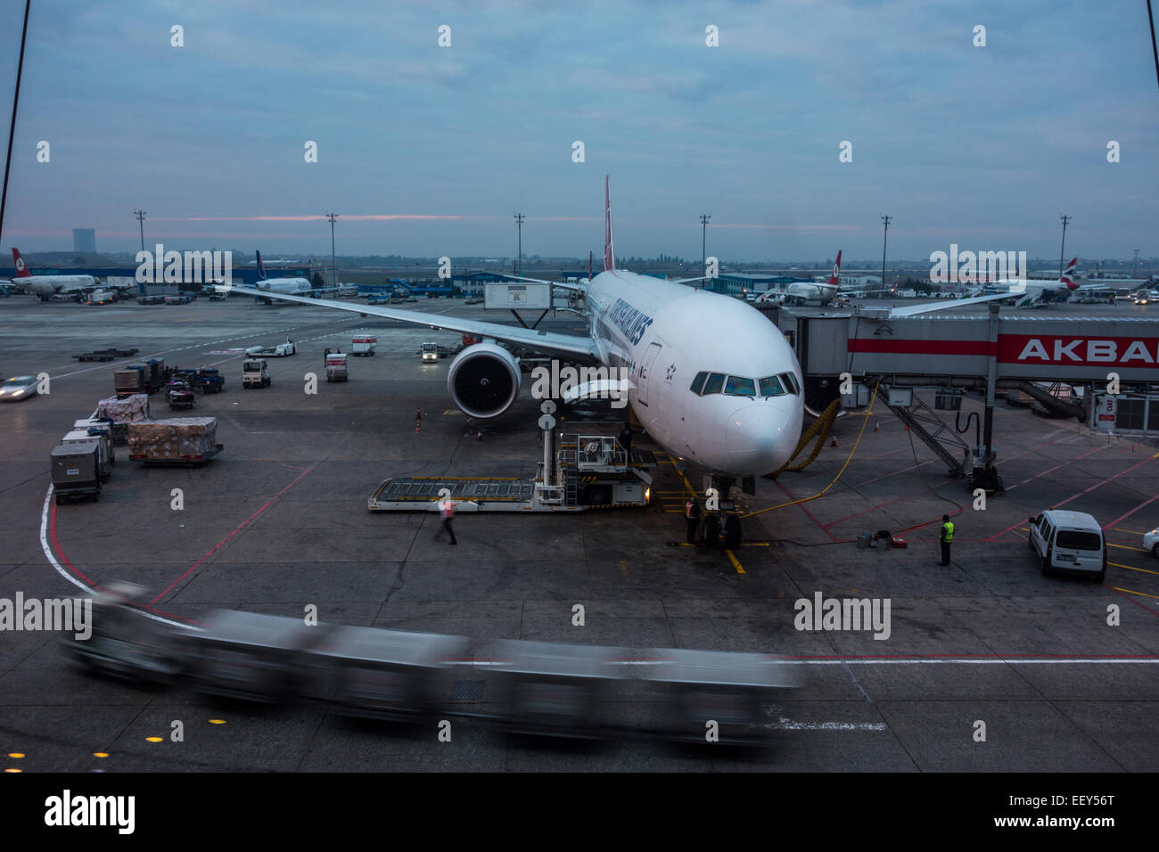 Cargo Airline Stock Photos & Cargo Airline Stock Images - Alamy