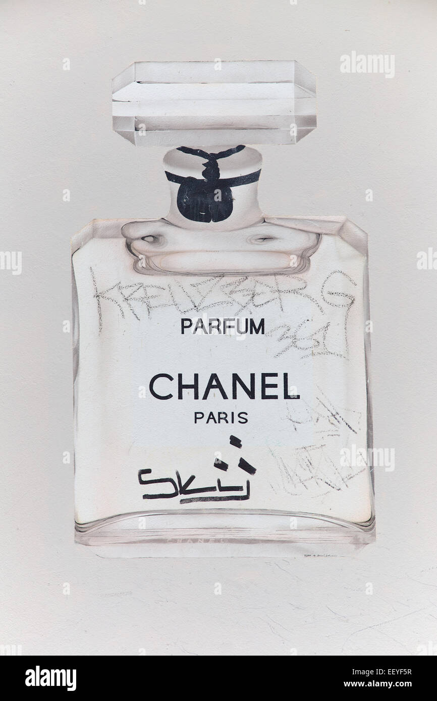 Parfum Flacon Stock Photos Parfum Flacon Stock Images Alamy
