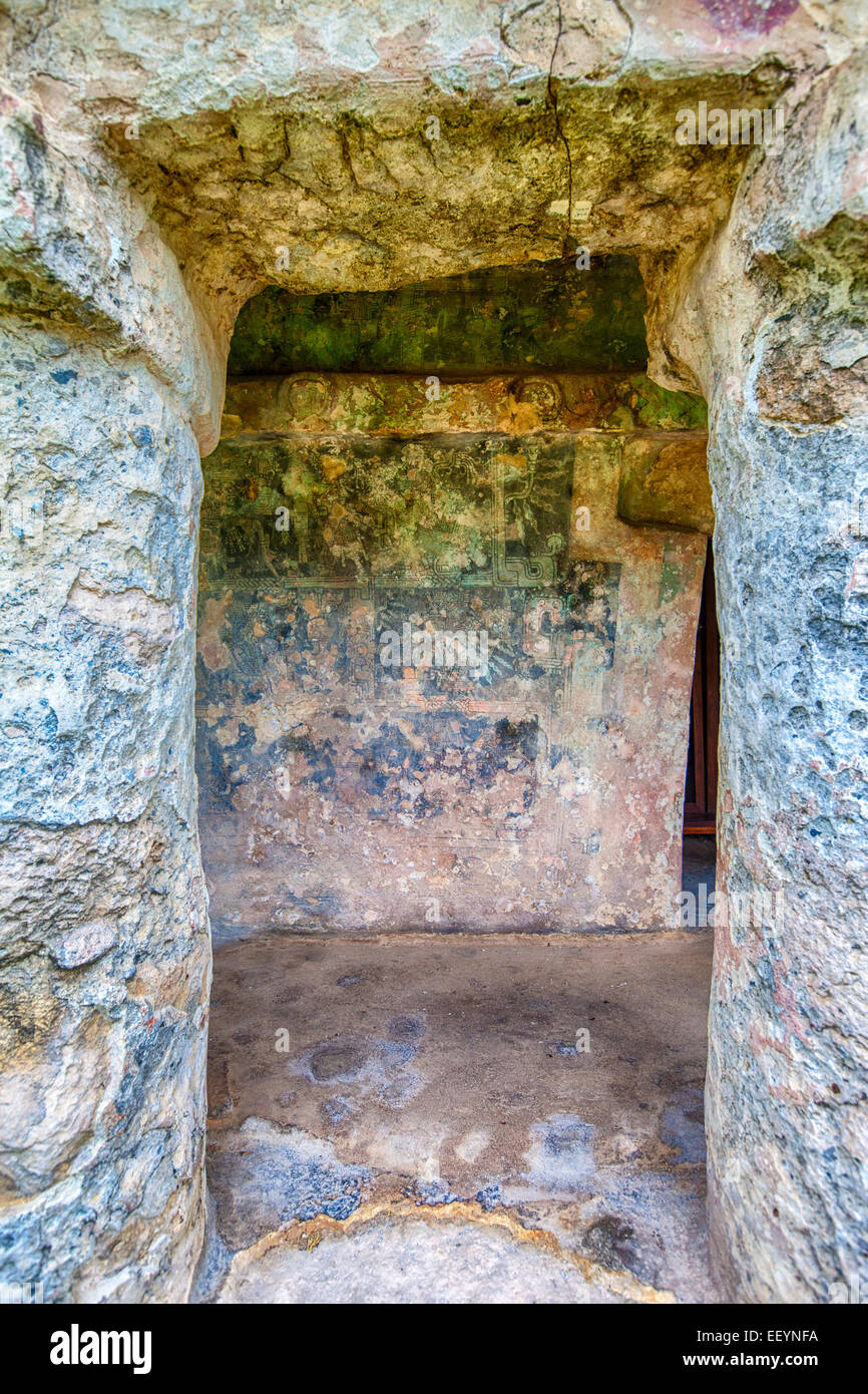 Tulum, Mayan Ruins, Remnants of Mayan Paintings.  Playa del Carmen, Riviera Maya, Yucatan, Mexico. - Stock Image