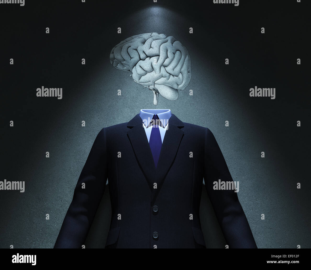Brain and Suit in spot of light - Stock Image