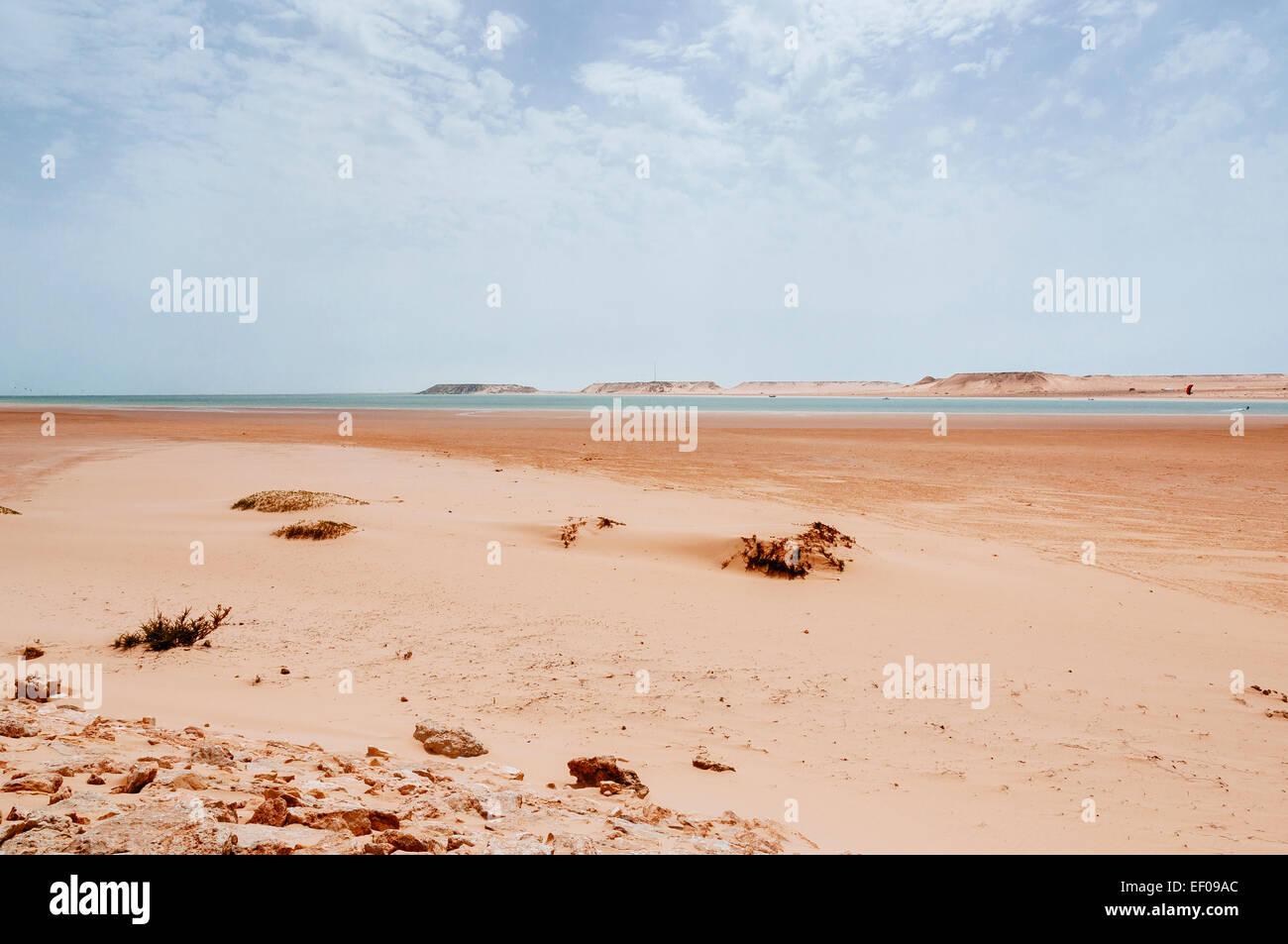Kitesurf in the sandy coast, Dakhla, Western Sahara, Morocco - Stock Image
