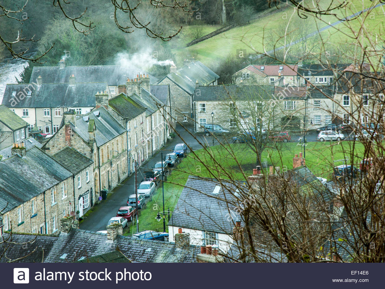 Village green at Richmond, Yorkshire in Winter - Stock Image