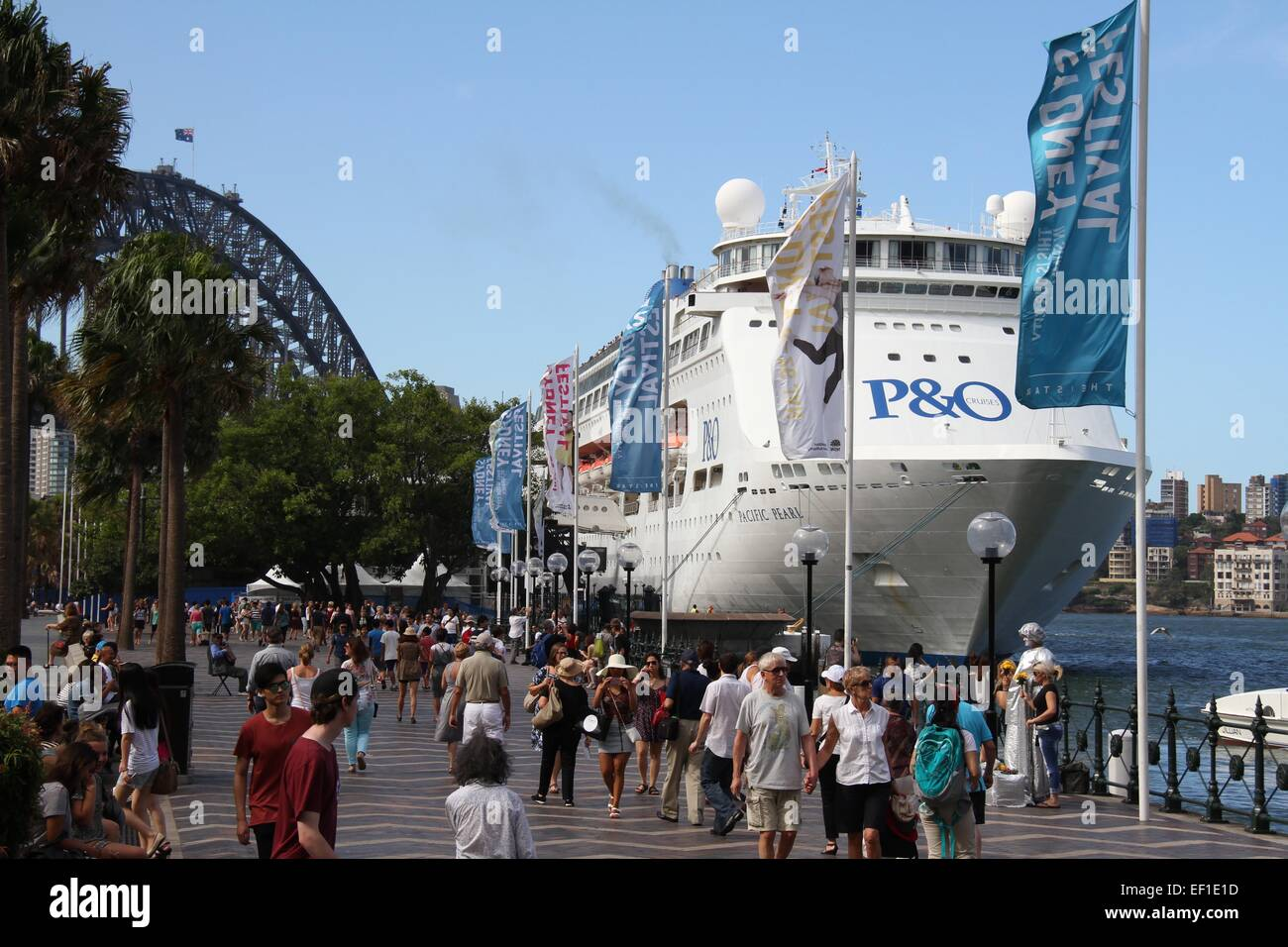 The P&O Pacific Pearl cruise ship moored at the Overseas Passenger Terminal at The Rocks – Sydney, Australia. - Stock Image