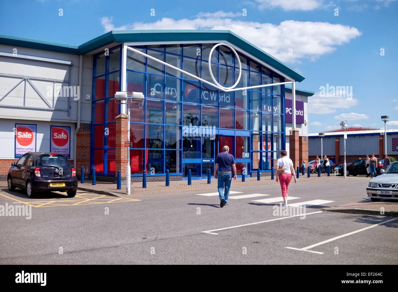 The Currys PC World Store at the Sptifire Retail Park, Bradley Road, Trowbridge, Wiltshire, United Kingdom. - Stock Image