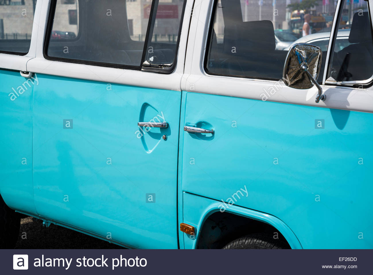 Turquoise campervan - Stock Image